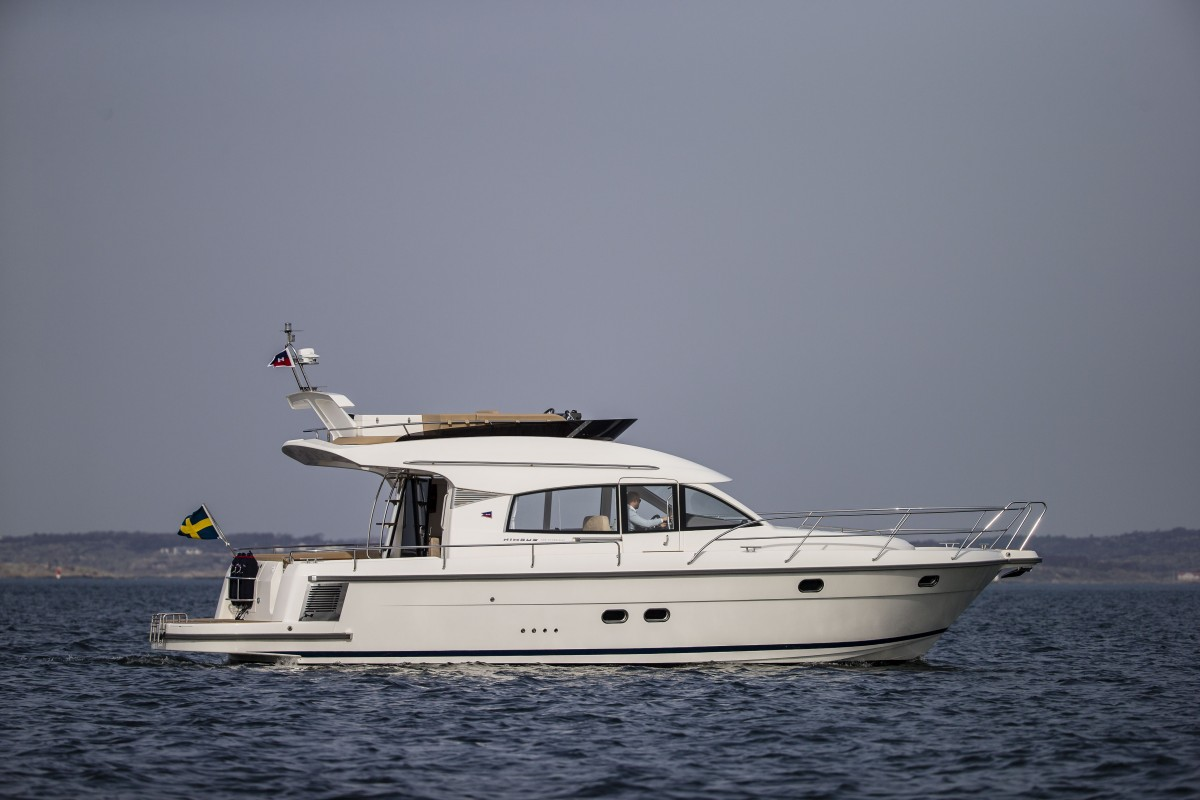 The Nimbus 405 Flybridge !