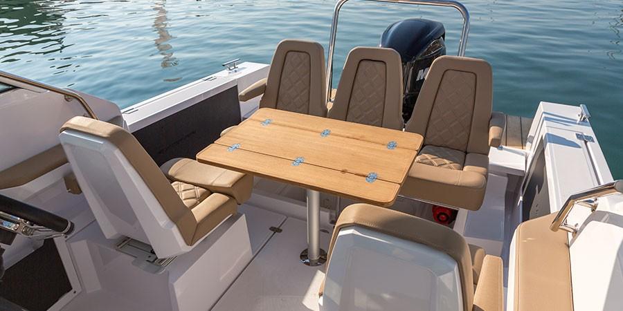 Axopar 24 Open Seating Area