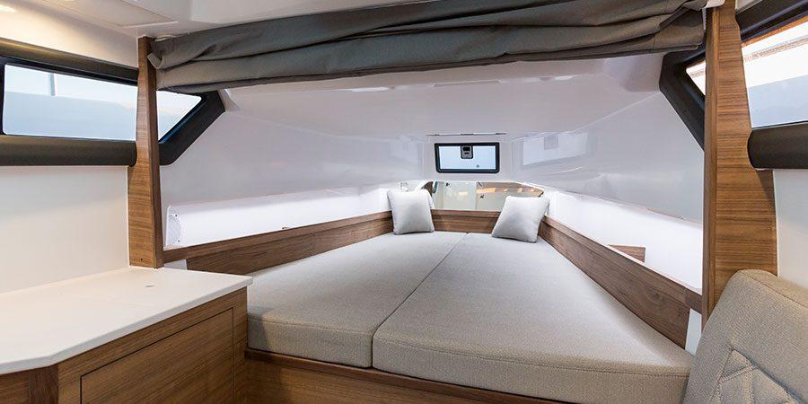 Axopar 37 T-Top Bedroom