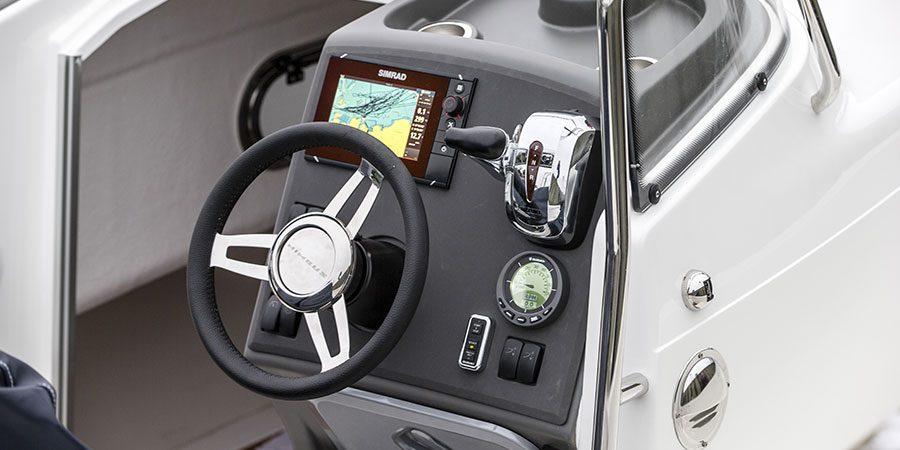 Nimbus Nova 21 Cockpit